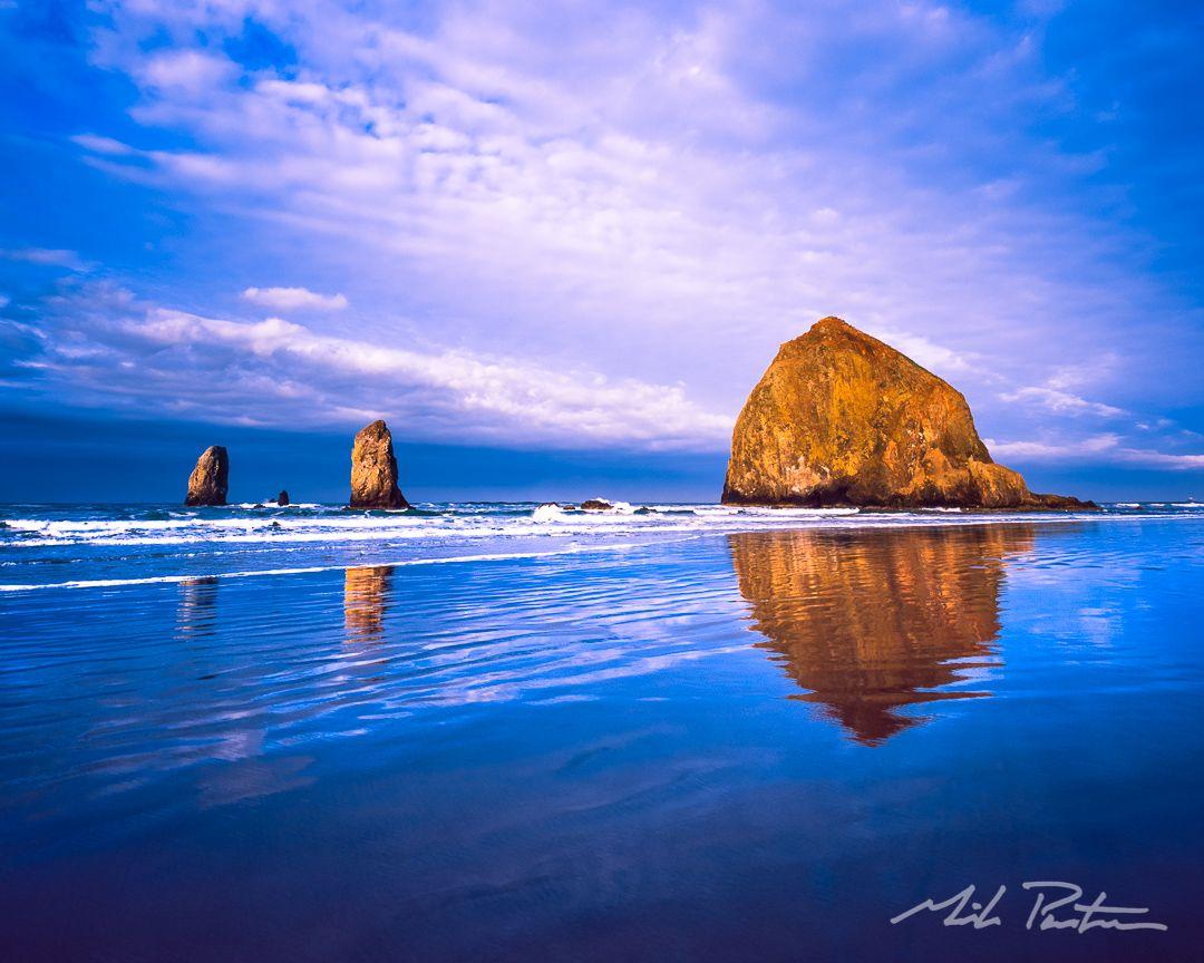 Cannon Beach Blues Oregon Coast Oregon Coast Sunrise Beach