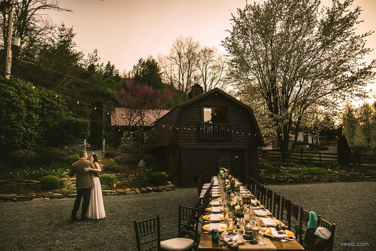 Hawkesdene house andrews nc mountain wedding venue shot by vesic