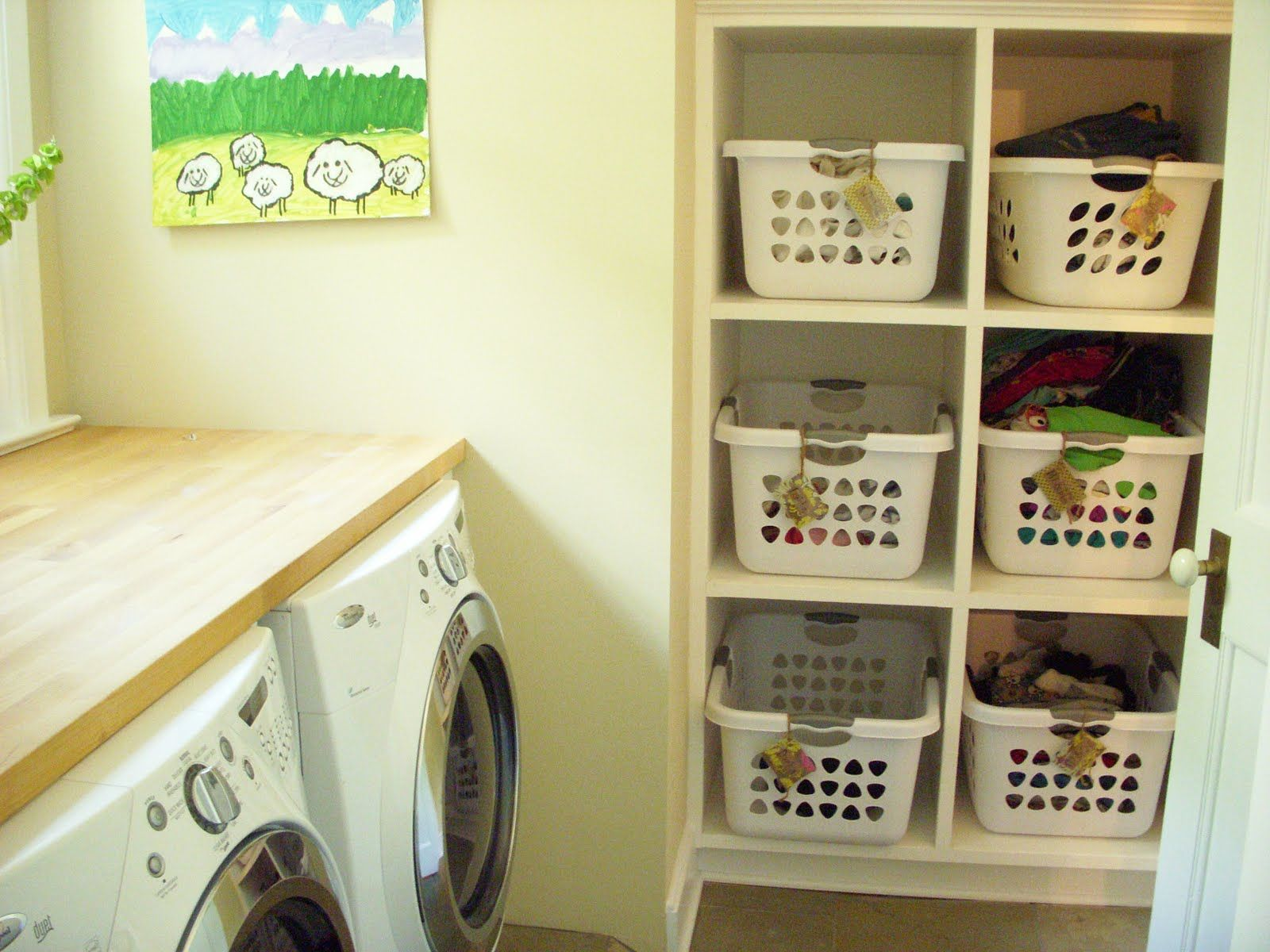 Furniture, Small Decoration Launndry Room With Washing Machine And ...