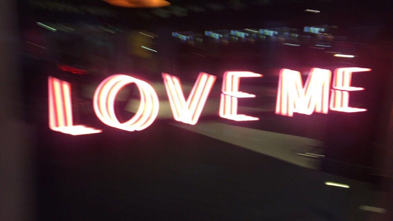 neon valot dating