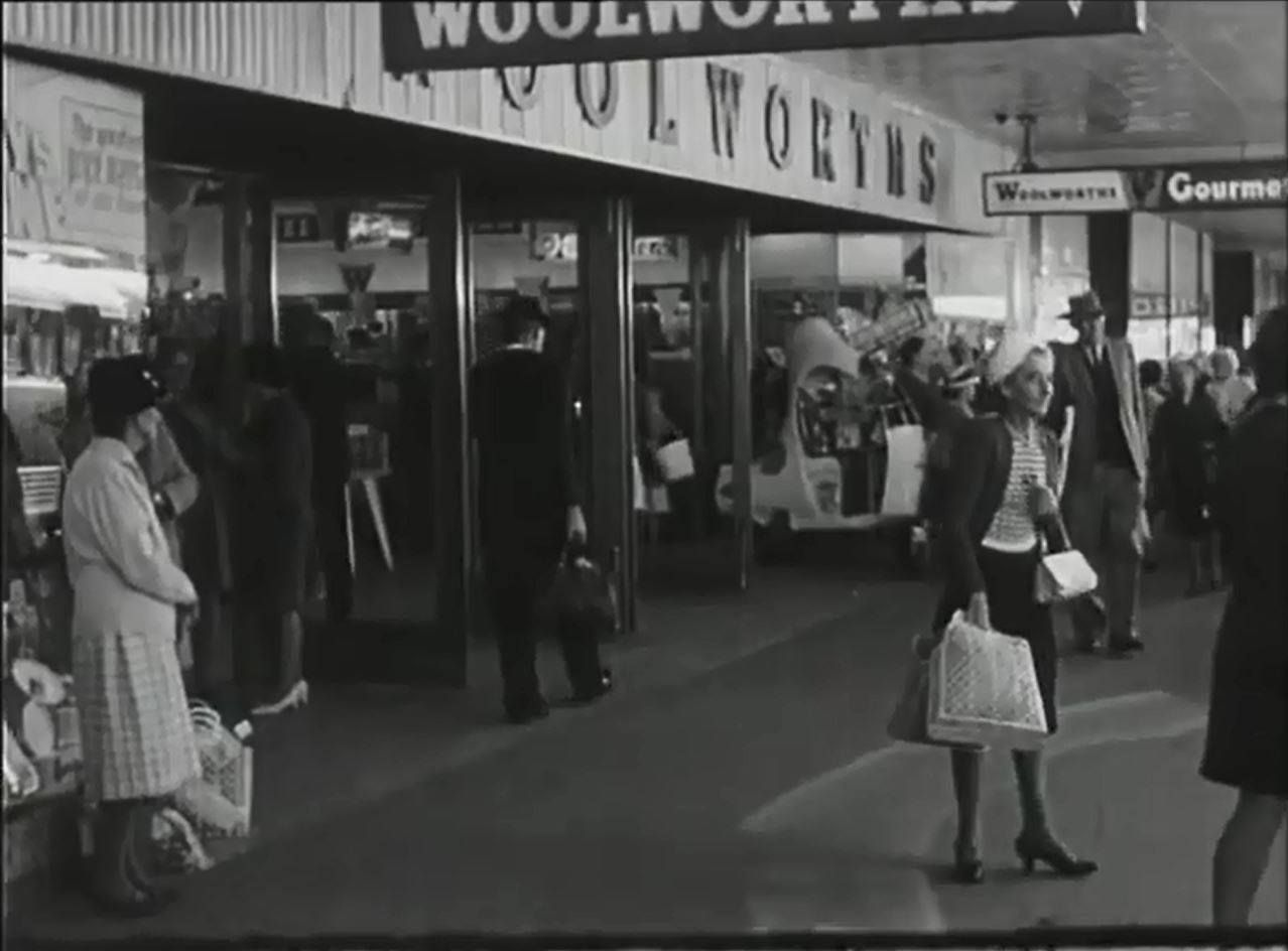 Ruthven St Entrance To The Old Woolworths Variety Store