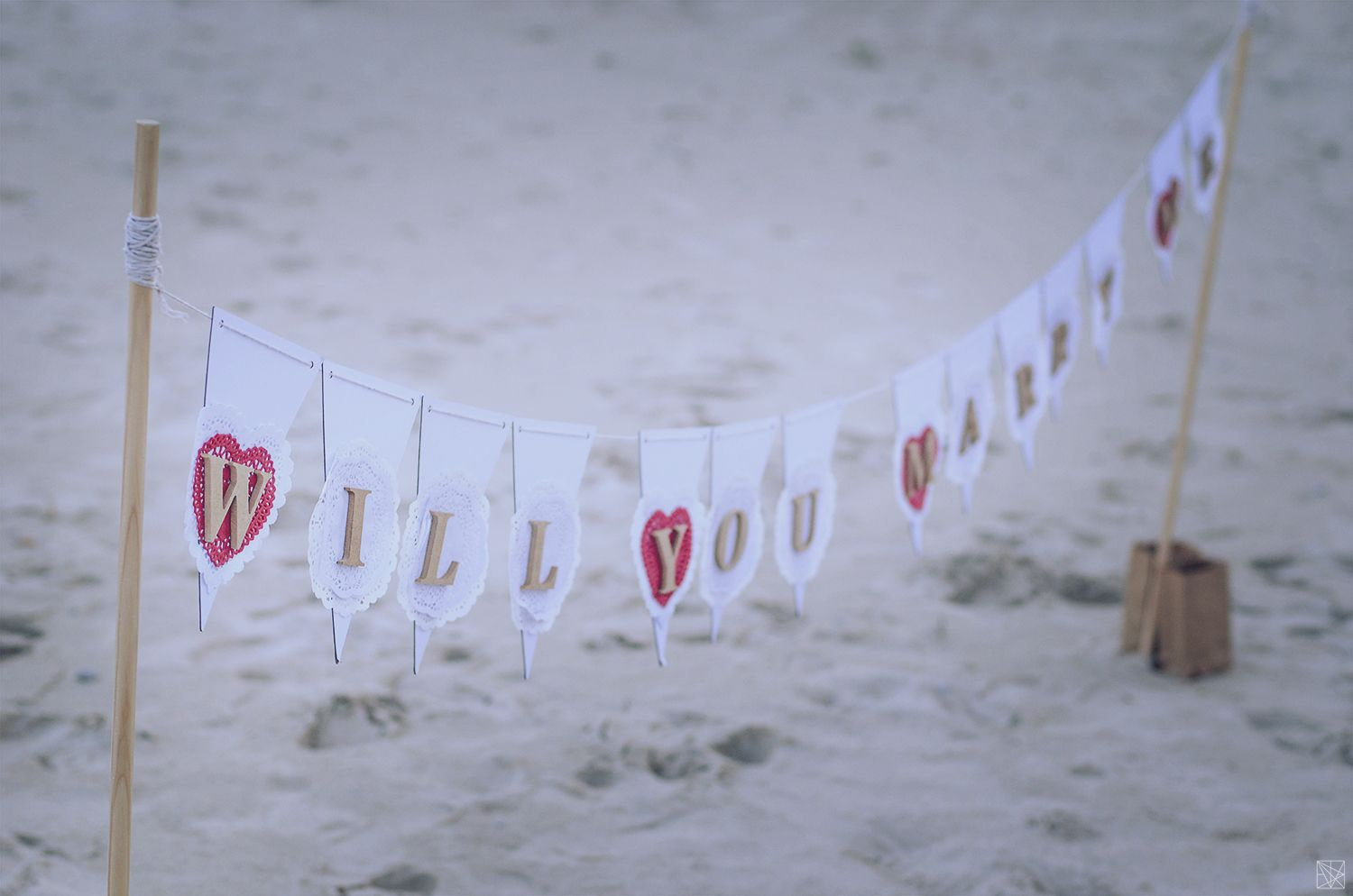 our cute will you marry me beach sign www.unforgettable