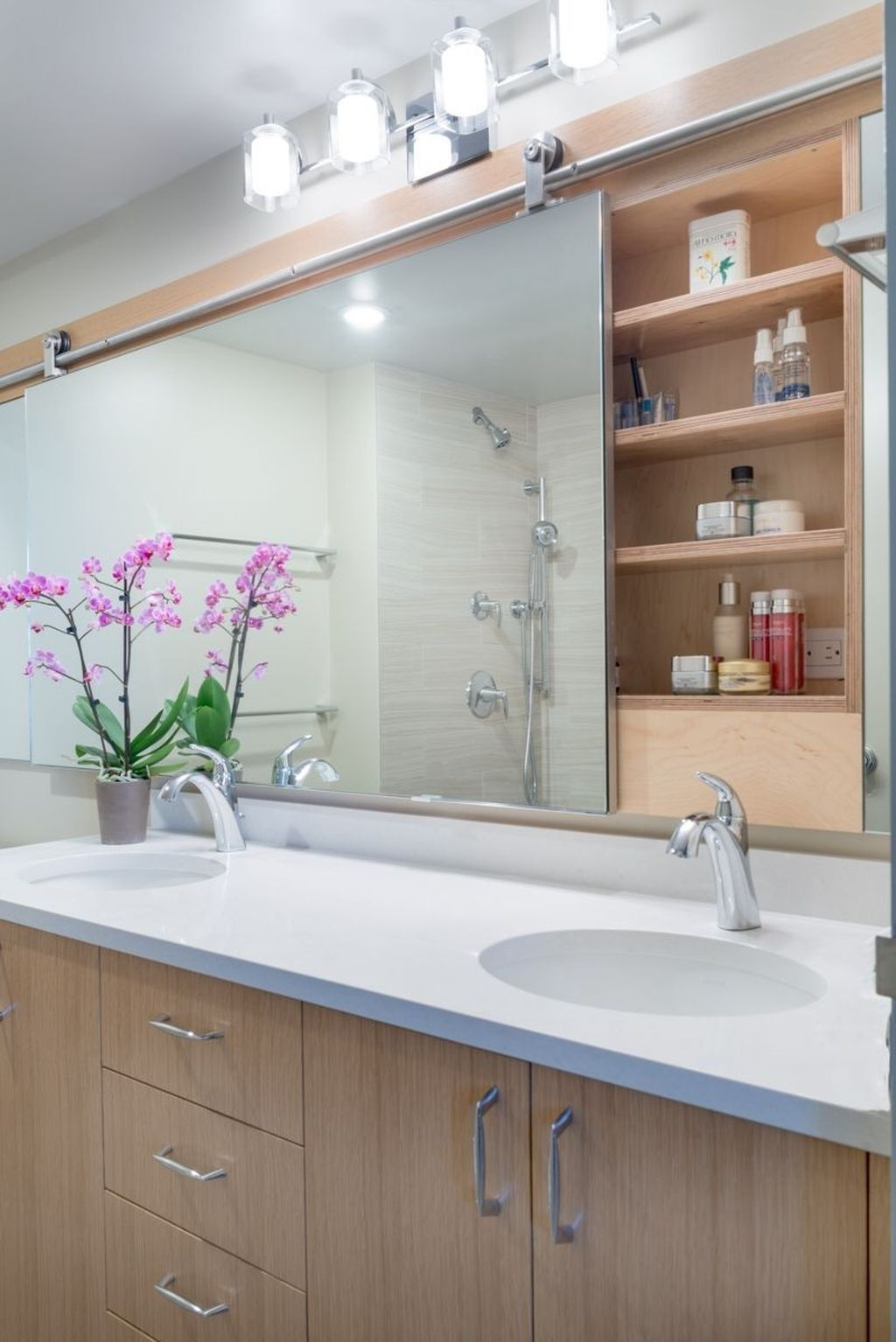 40 Nice Bathroom Mirror Design Ideas For Any Bathroom Model