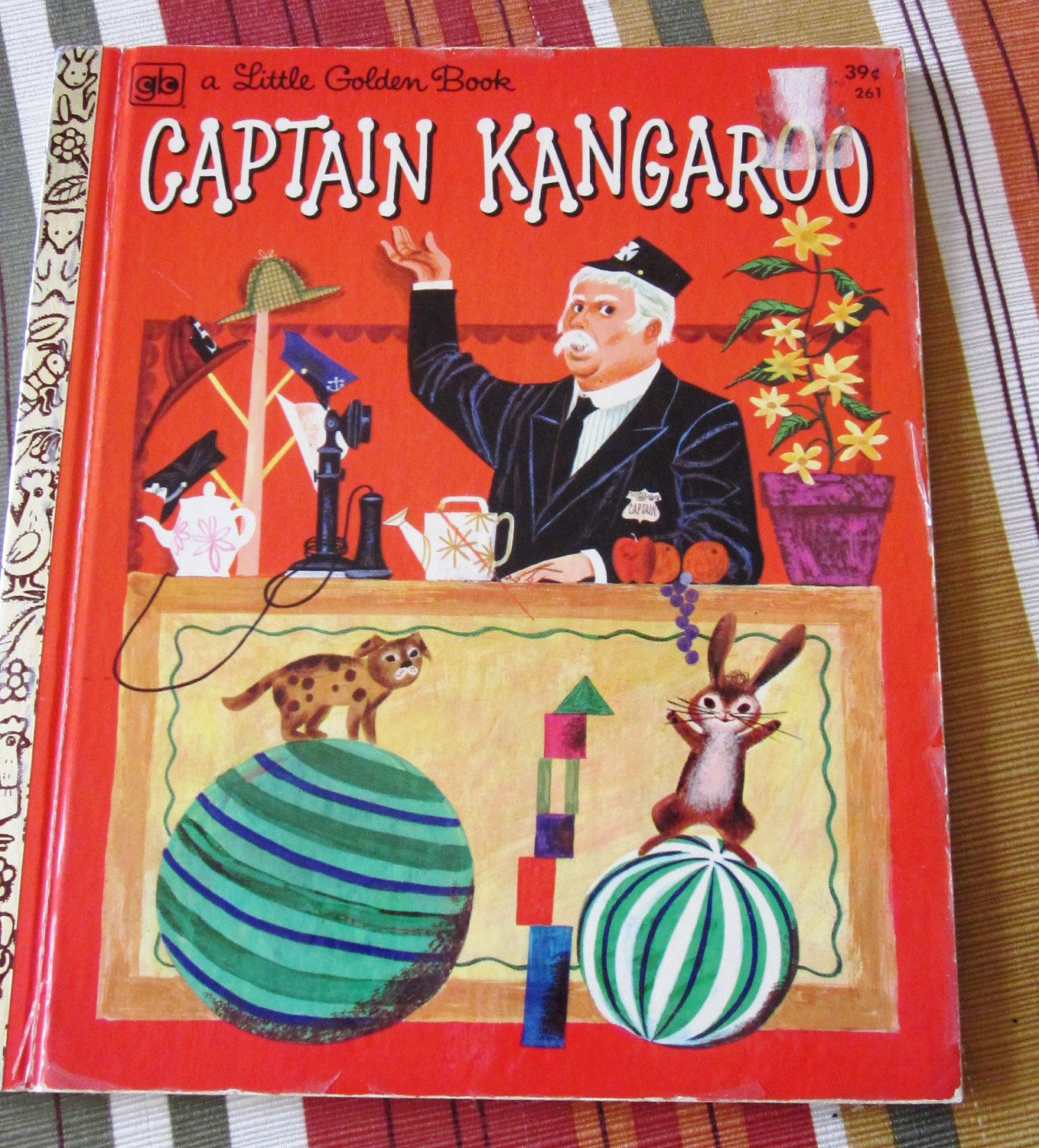 1972 Little Golden Book Captain Kangaroo