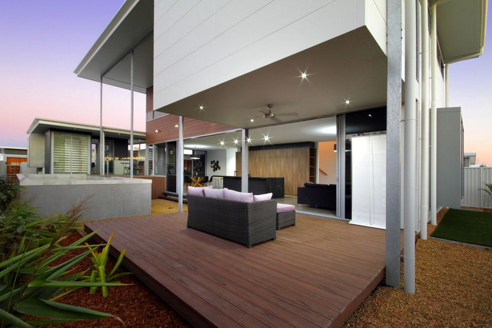 Display Home - Bond St, Pelican Waters - Planet Homes Qld | Luxury ...