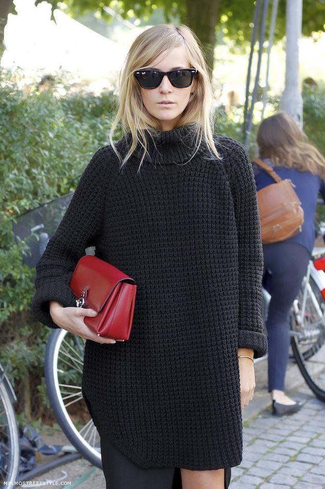 2b89a414b8 Street Style  Oversized Sweater + Slit Skirt In Copenhagen (Le ...