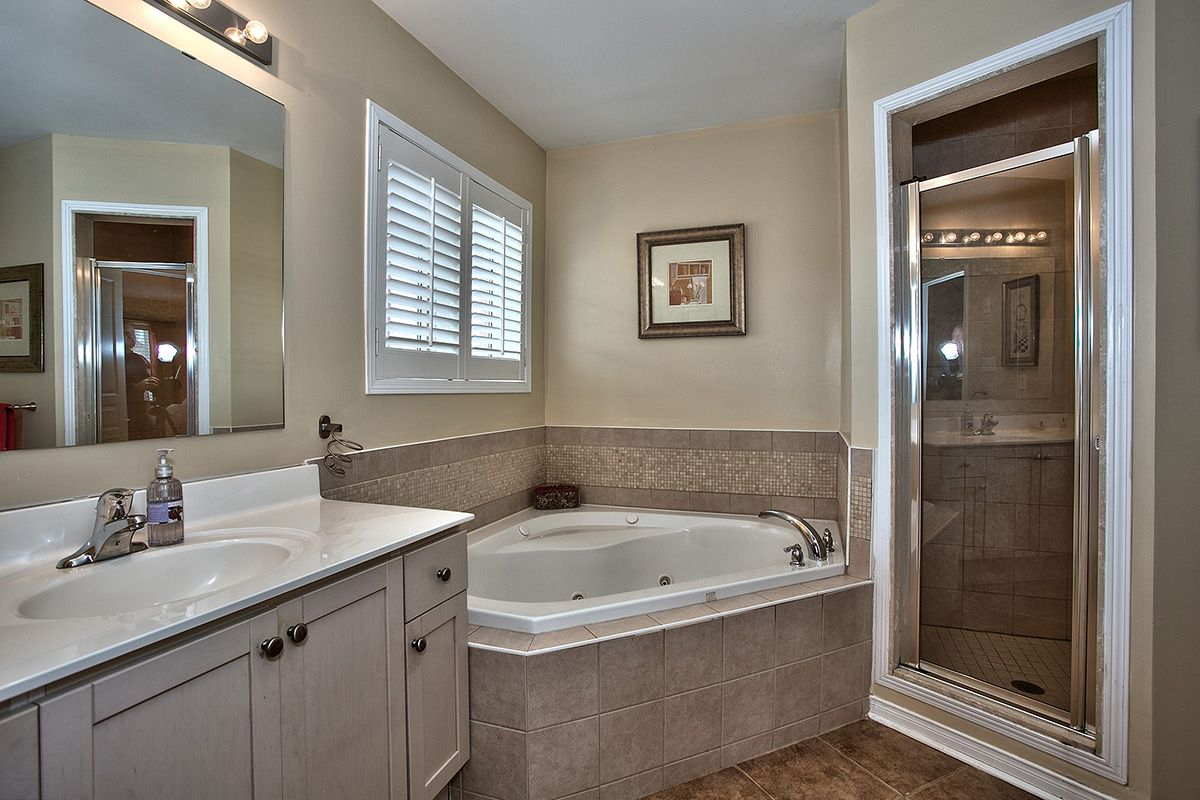 Master Ensuite Features A Jacuzzi Tub And Separate Shower Bathrooms Remodel Jacuzzi Tub Ensuite