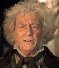 John Hurt Enero 1940 Enero 2017 Como Garrick Ollivander Un Mago De Sangre Mestiza Propietario De Harry Potter Cast Harry Potter Pictures Harry Potter Face