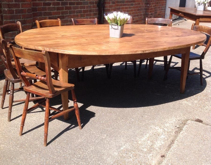 The Amazing Oval Antique Dining Table Is Absolutely Wonderful Very Large And Would Seat 14 P Antique Dining Rooms Antique Dining Tables French Farmhouse Table