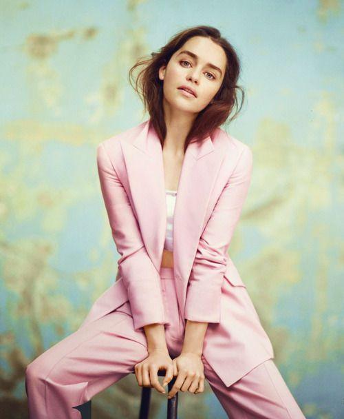 Emilia Clarke - Vogue UK - December 2013
