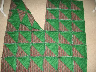 Rag Quilt Classroom: Triangle Squares Rag Quilt Christmas Tree ... : rag quilt christmas tree skirt pattern - Adamdwight.com