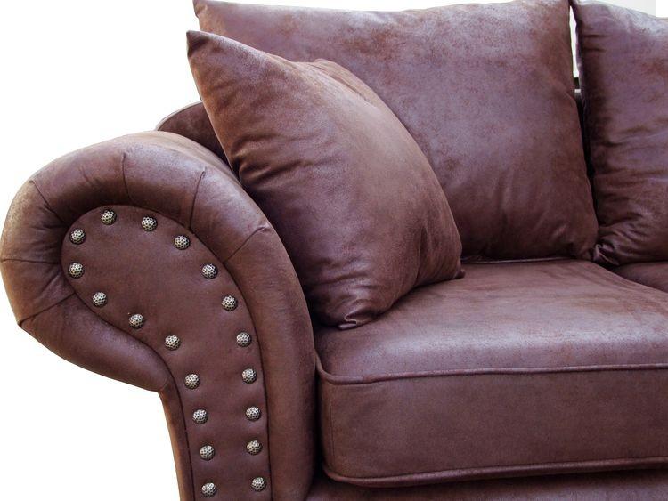 Pin Von Aw Livingcomfort Mobel Nach Ih Auf Kolonialstil Mit Bildern Kunstleder Sofa Sofa Kolonialstil Xxl Sessel