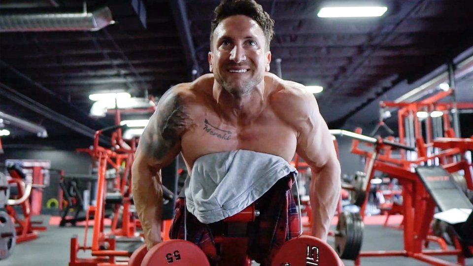 Troy Adashun's Shoulders and Traps Workout: The Balloon Method   Bodybuilding.com