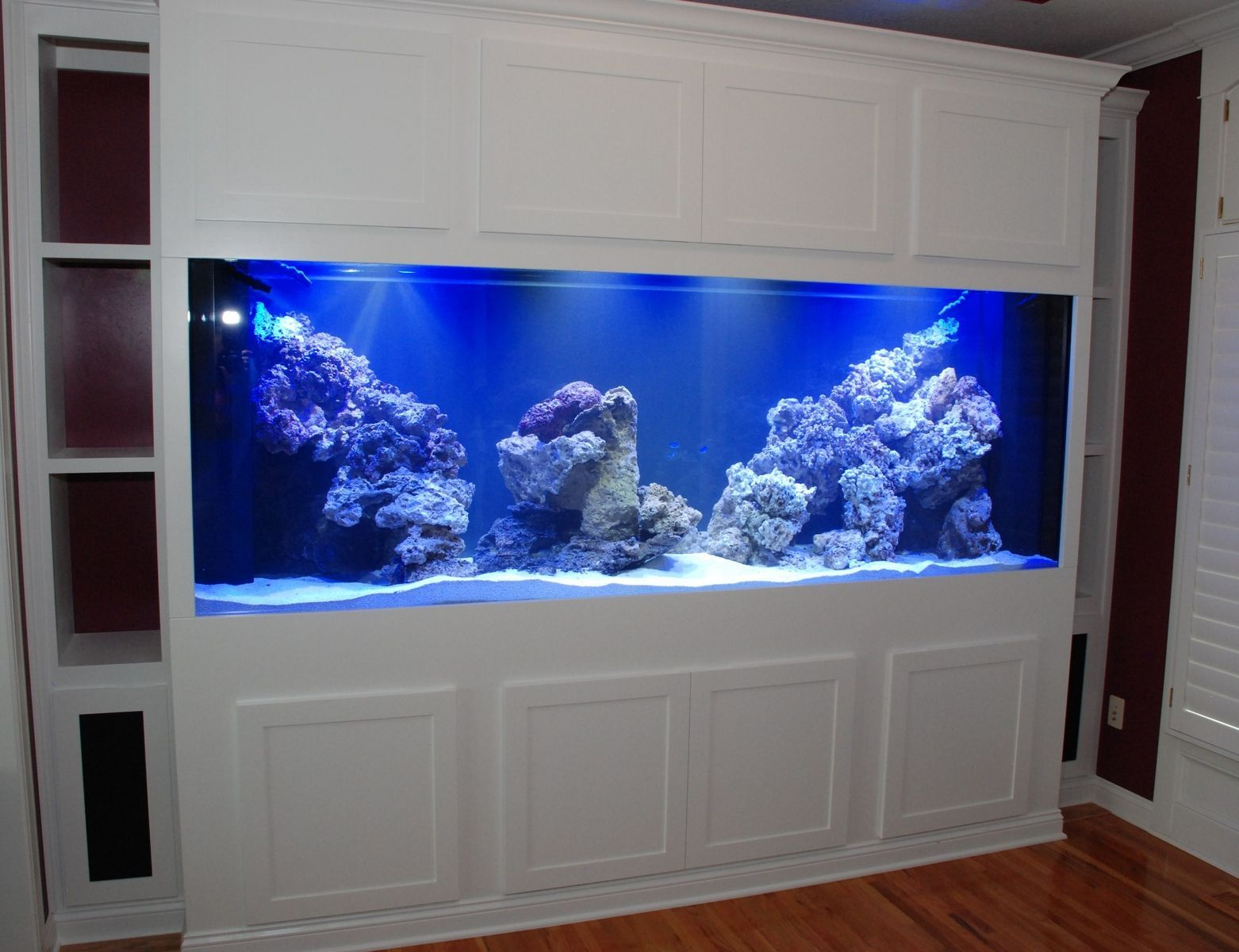 Fish tank tv stand - Fish Tank On Reclaimed Wood Stand Google Search