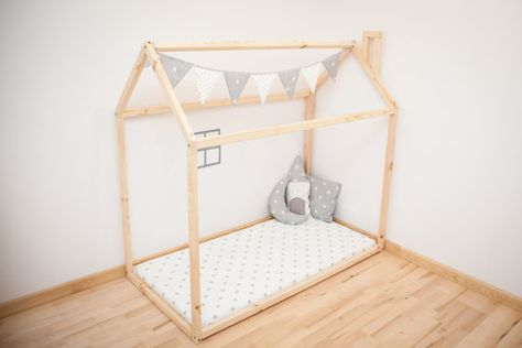 toddler bed house bed children bed wooden house tent bed wood house wood nursery kids teepee. Black Bedroom Furniture Sets. Home Design Ideas