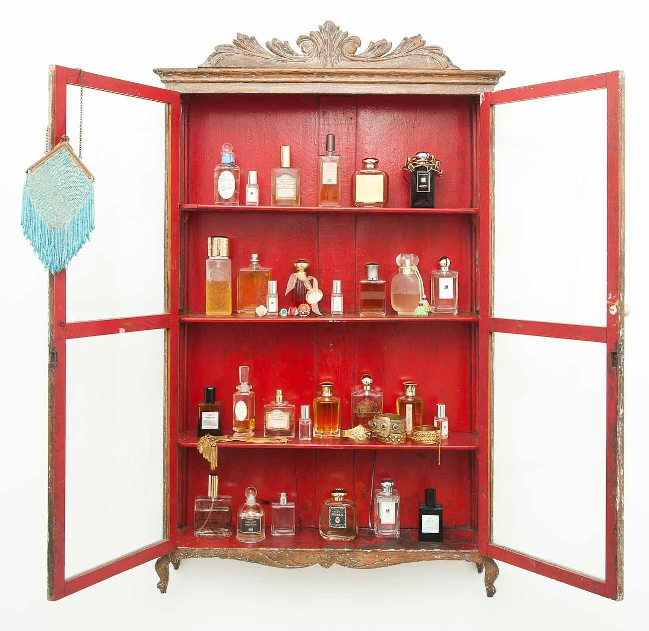 Merveilleux I Need One Of These Perfume Cabinet