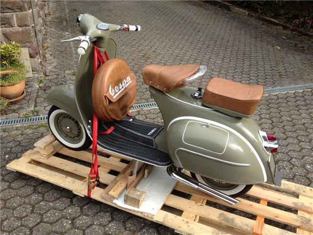 Vespa 125 Vnb Vnb2t Vespa Vespa Oldtimer Motorroller