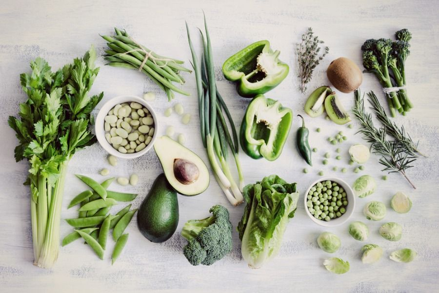 Did you know one of the best things you can do for the appearance of your skin is to bin the processed, packaged foods?  Julie Montagu aka The Flexi Foodie gives us a glimpse of the foods that play a big part in how quickly we appear to age