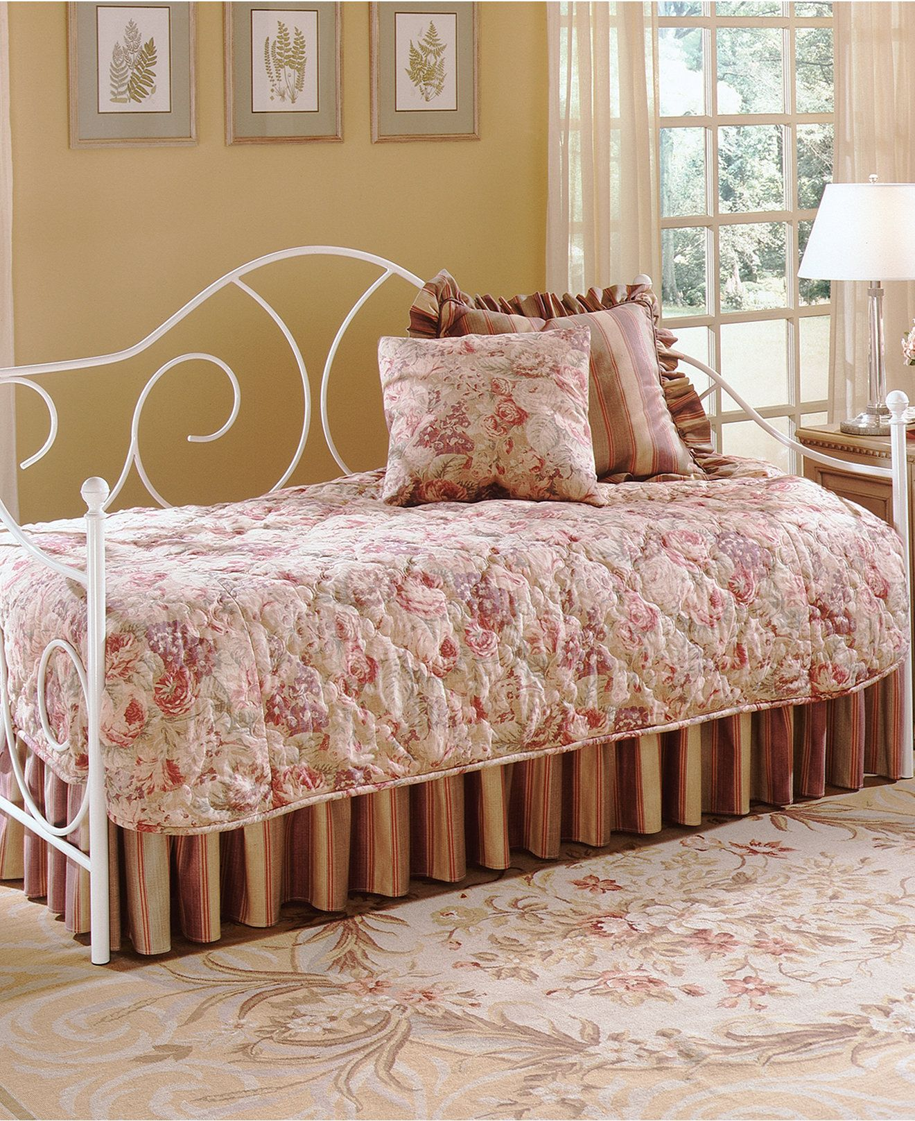 Kasia White Daybed mattresses Macy's Metal daybed