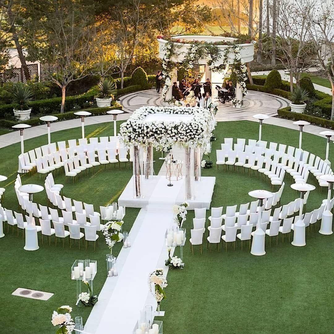 Beautiful Indoor Wedding Ceremony: 38 Create Beautiful Outdoor Wedding Decoration You Will