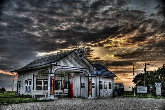 old gas station along route 66