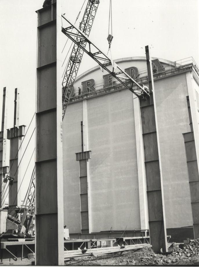 HangarBicocca - Breda Reparto trasformatori in costruzione 1963 #architettura #storia #fotografia #milano