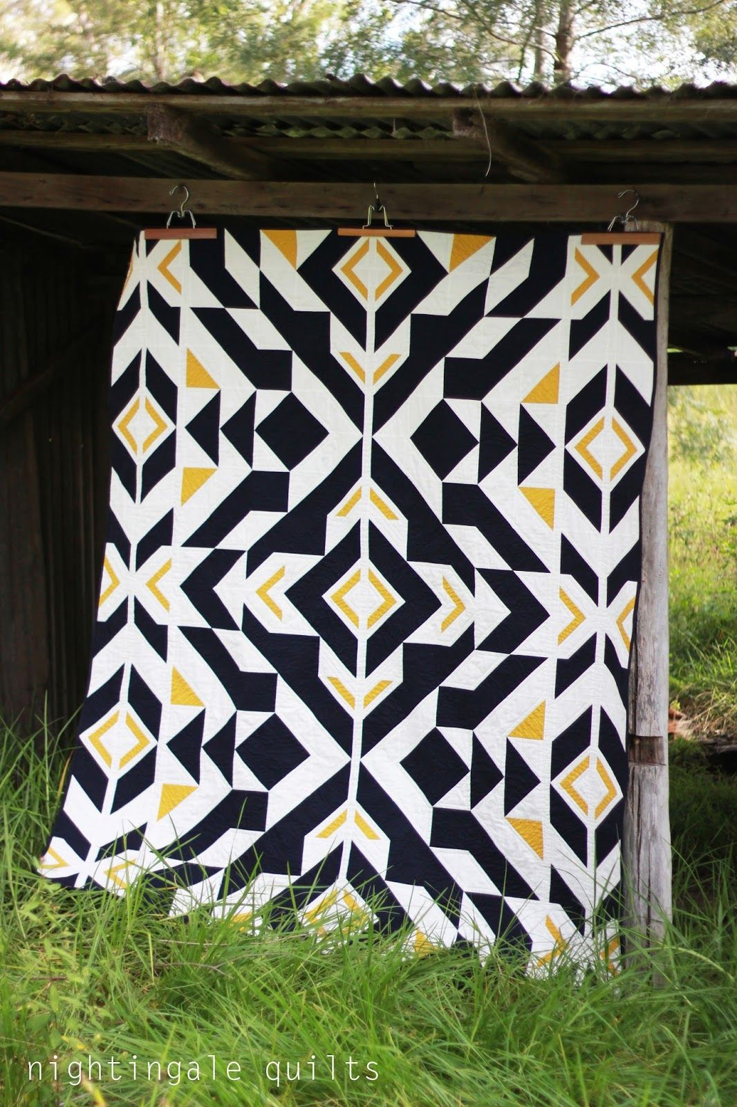 Nightingale Quilts: NEW FREE PATTERN: Bravo Indigo Quilt | crafts ...