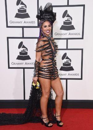 """5 """"desconhecidas"""" que ousaram mais do que as famosas no look do Grammy"""