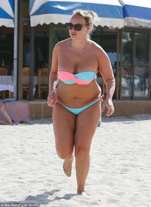 af49e879d9e Big Brother's Chanelle Hayes displays fuller figure in bikini on the beach  in Spain   Daily Mail Online