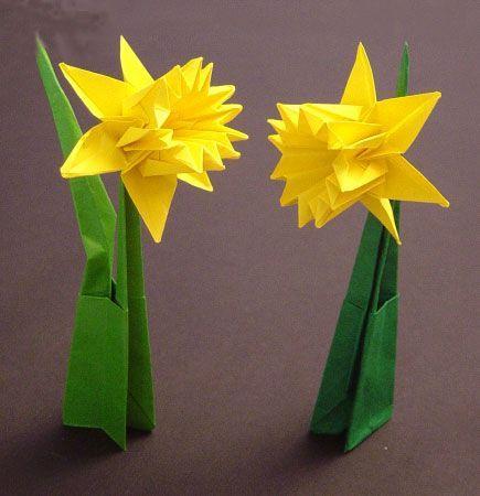 Origamipage Narzisse Blumen Basteln Aus Papier Origami Anleitung Blume Blumen Falten
