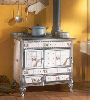 Antique Wood Cook Stoves, Early Victorian Kitchen stoves | fournaise ...