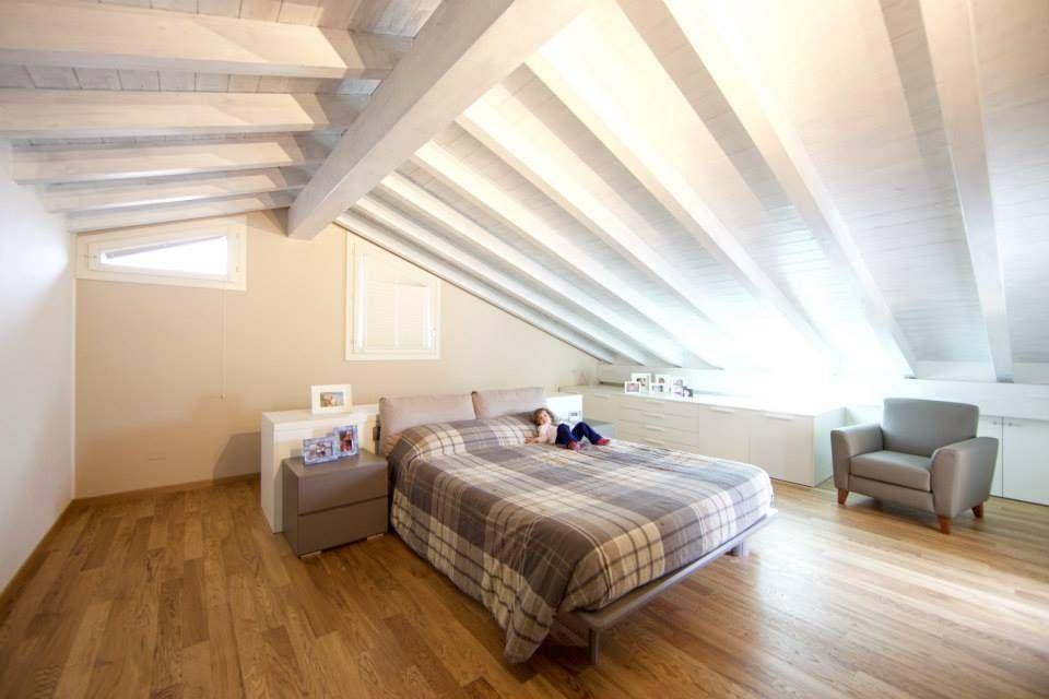 Illuminazione Camera Da Letto Mansardata : Splendide camere da letto in mansarda bedroom