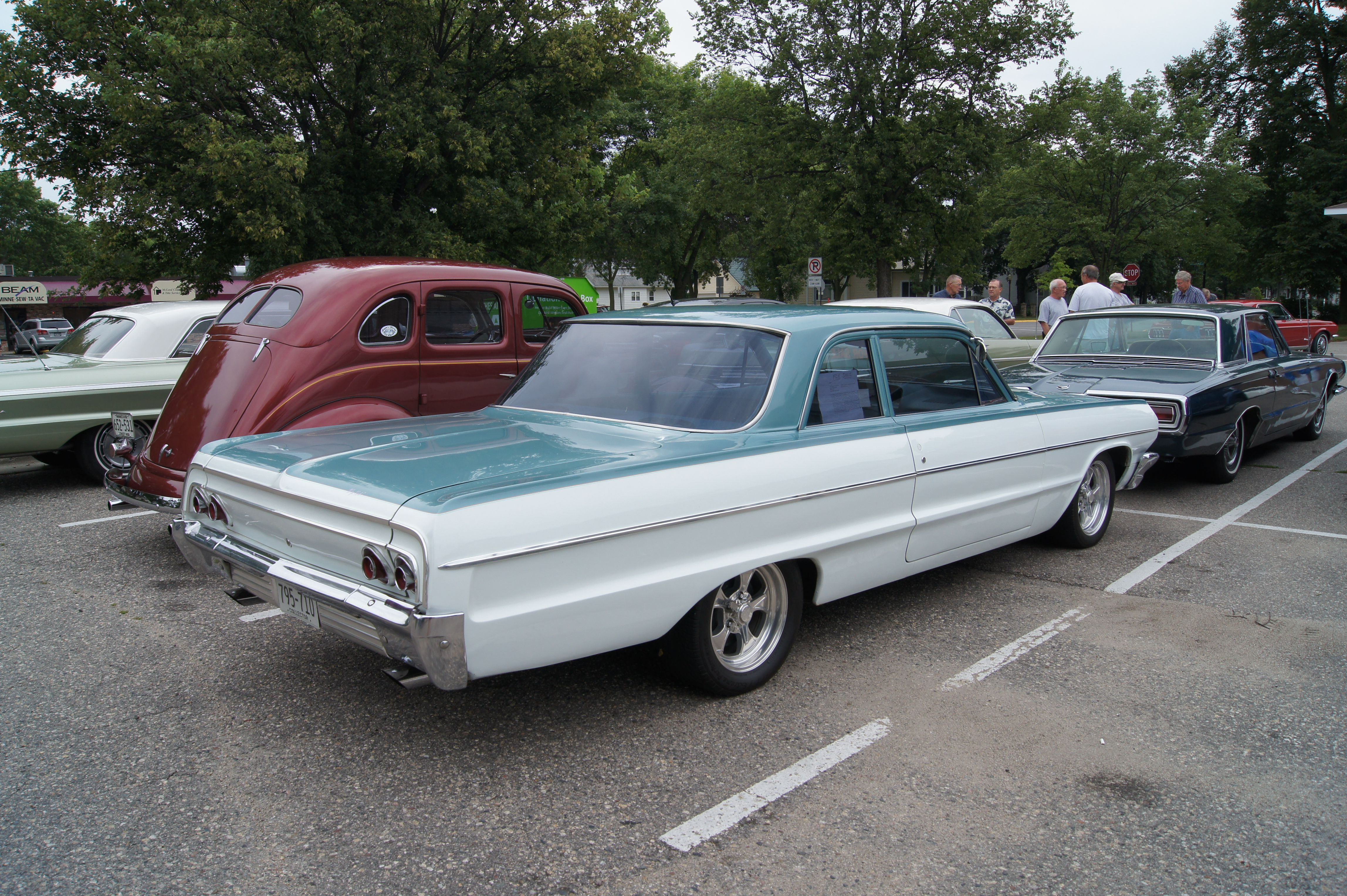 Chevrolet biscayne 1961 chevy biscayne 350 4 speed full resto mod gorgeous bel air biscayne caprice delray_ impala roundup _ pinterest modified cars