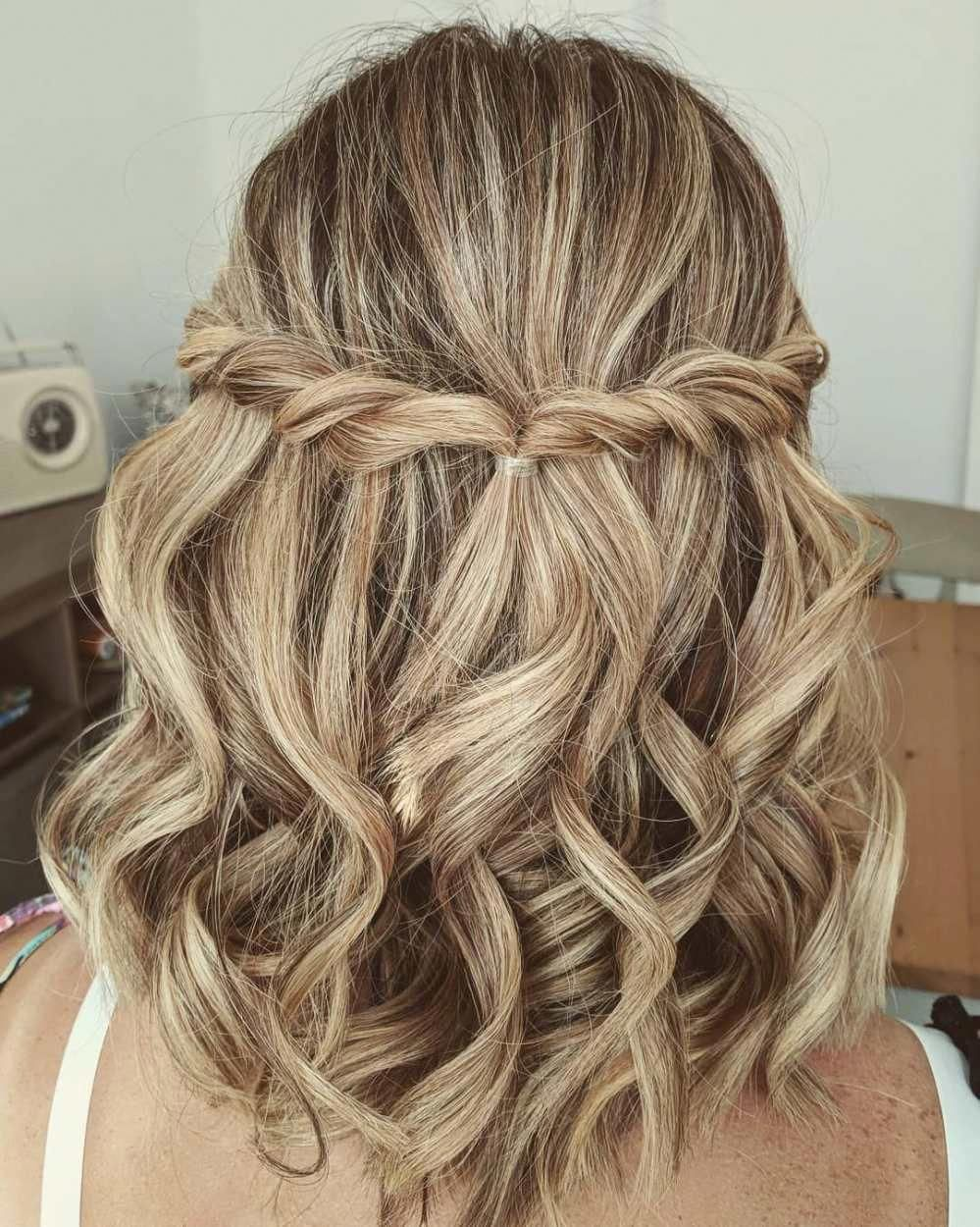 These Prom Hairstyles Half Up Half Down Truly Are Stylish Promhairstyleshalfup Updos For Medium Length Hair Up Dos For Medium Hair Medium Length Hair Styles