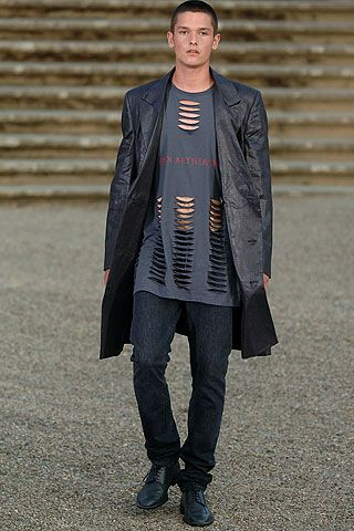 Raf Simons Spring 2006 Menswear - Collection - Gallery - Look 40 - Style.com