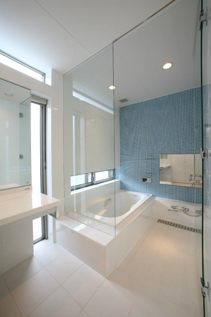 いえとこどもと好奇心 浴室 重量木骨の家 選ばれた工務店と建てる木造注文住宅 住宅 浴室 インテリア 二世帯住宅