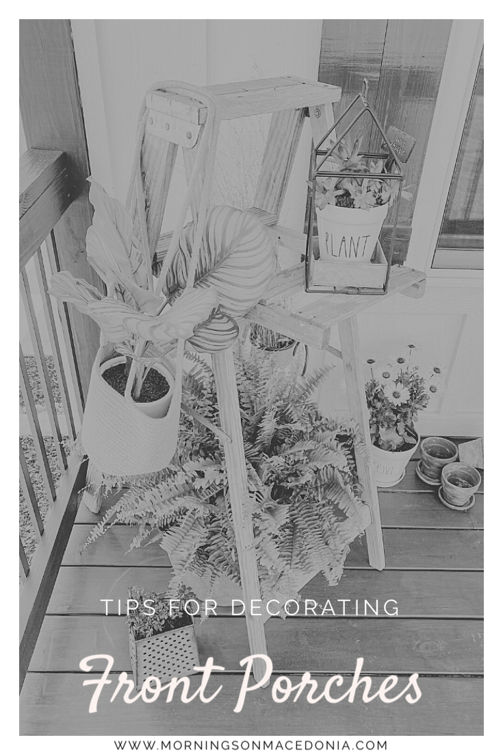 How to decorate your front porch #howto #porch #porchdecor #plants #vintage