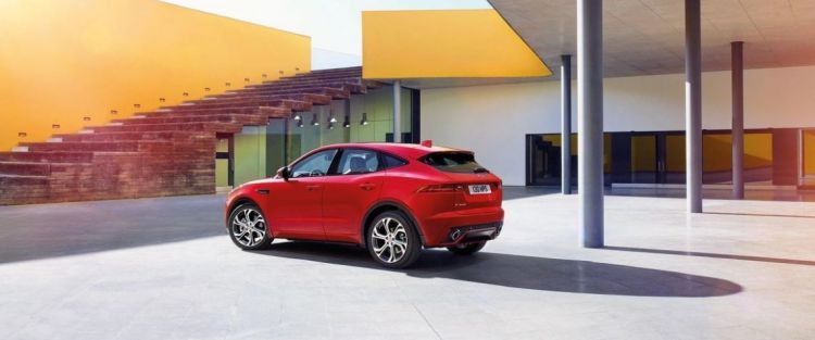 New jaguar epace debuts and scores guinness record new