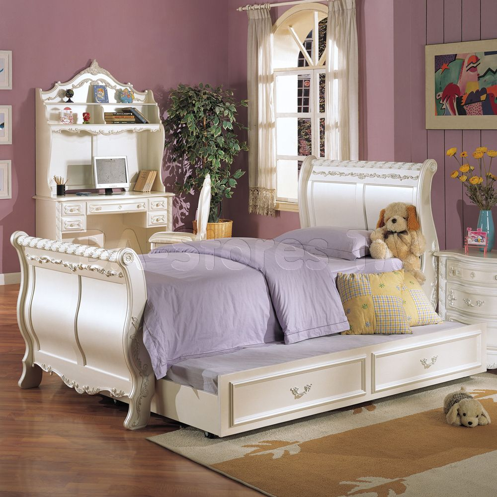 Pearl White Sleigh Bed with Trundle by Acme Furniture