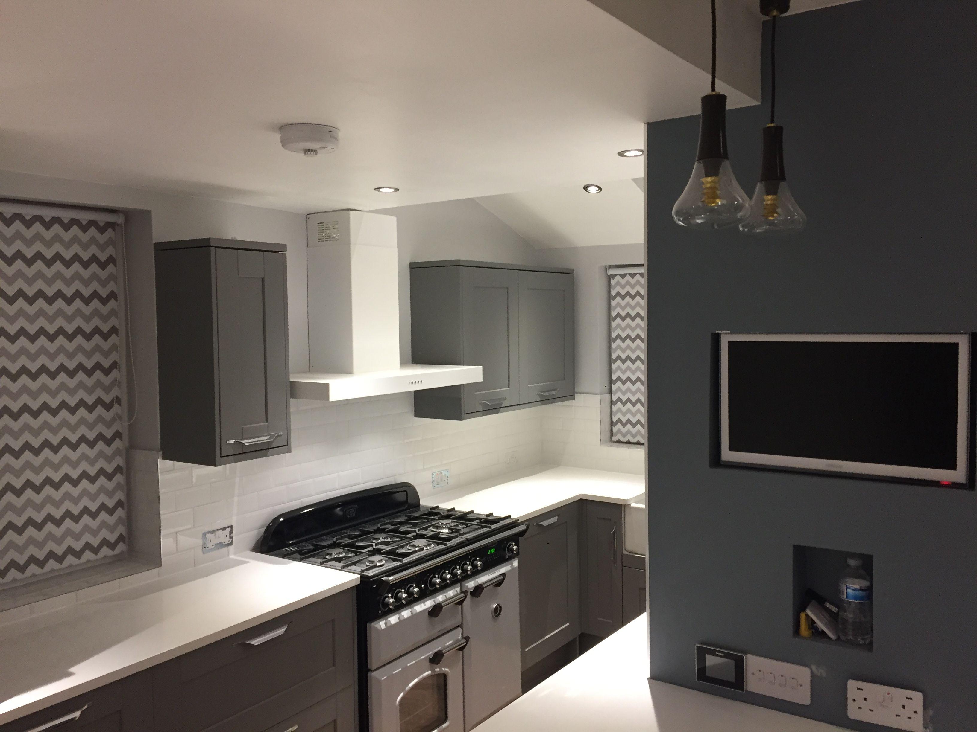 Howdens Fairford Slate Grey Kitchen Home Diy Rangemaster Kitchen Examples Howdens Kitchens Grey Kitchen