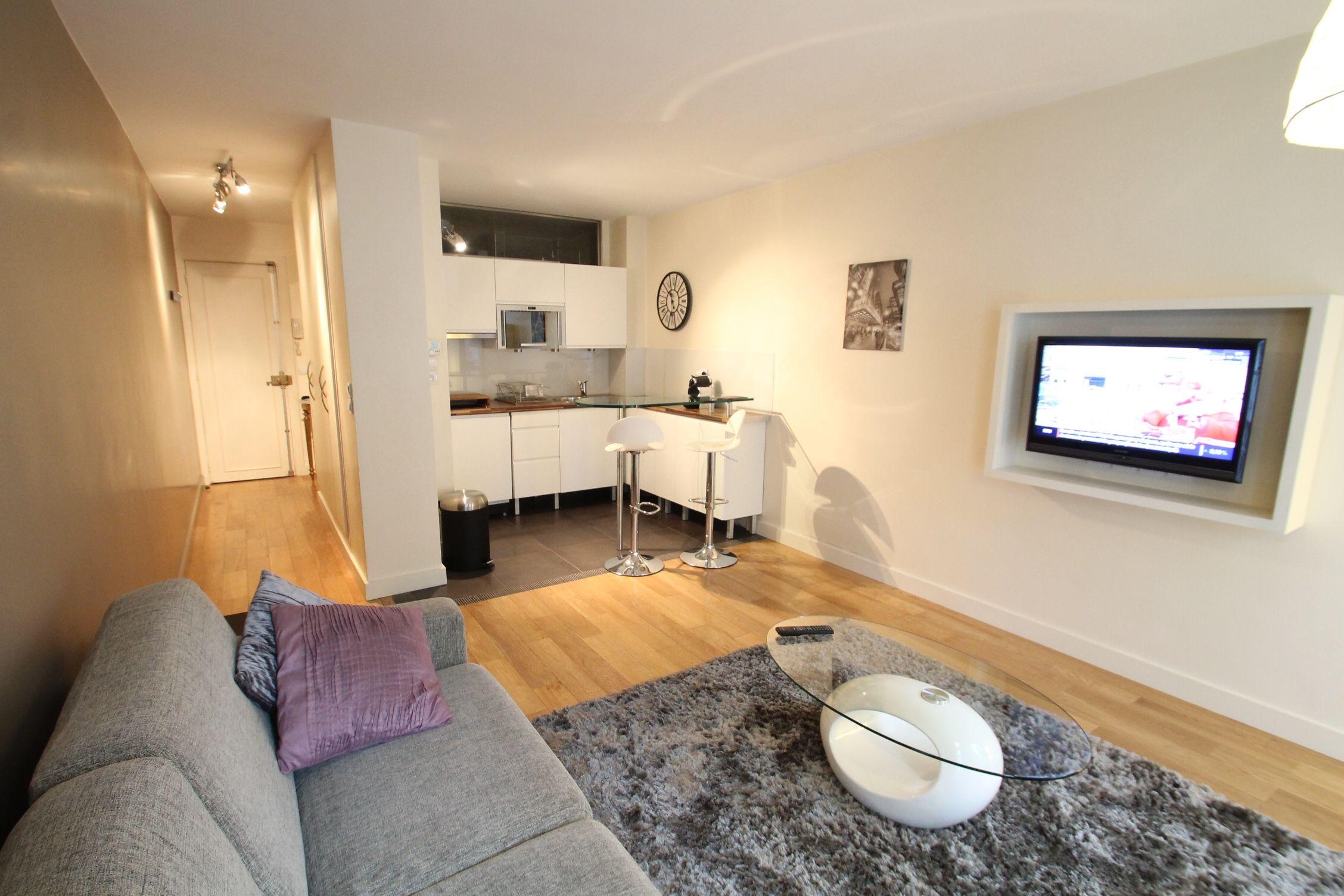 Location Studio Meuble 29m Paris 6eme Proche Luxembourg Agence Immobiliere Studio Meuble Location Appartement