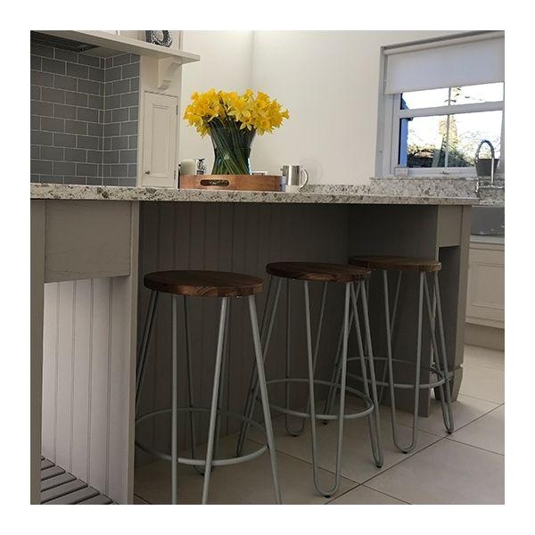 Hairpin Metal Bar Stool, Solid Elm Wood, Light Grey Matte 76cm #modernfarmhousebedroom