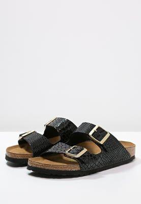 a1f2975fc66 Hiermit bist du auch an warmen Tagen super gestylt. Birkenstock ARIZONA…  Birkenstock Sandals Black