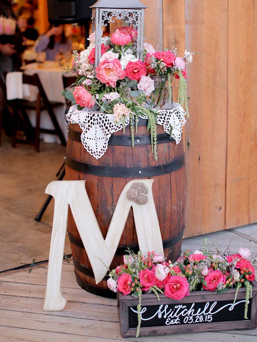 Wedding entry decoration ideas   Rustic Barn Wedding Ideas  wedding  Pinterest  Wedding