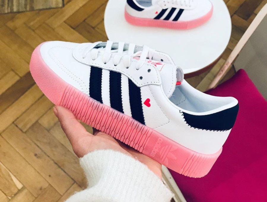 basket adidas femme blanche et rose