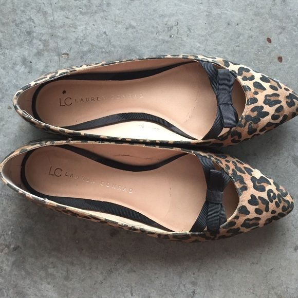 comfy leopard flats