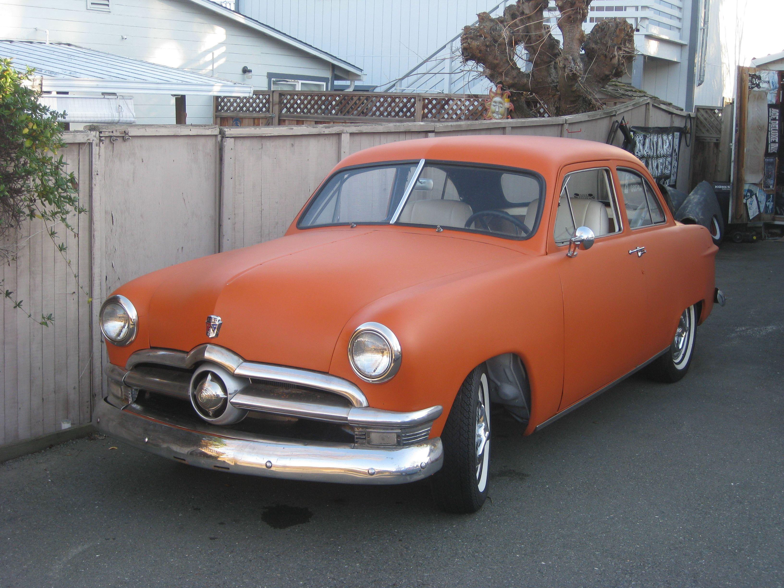 1950 Ford 2 Door Sedan Deluxe Custom W 302 Sedan Ford Vehicles