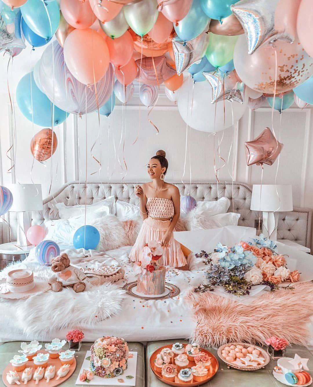 Birthday goals 😍 Yayy? _americanstylist_ Birthday goals