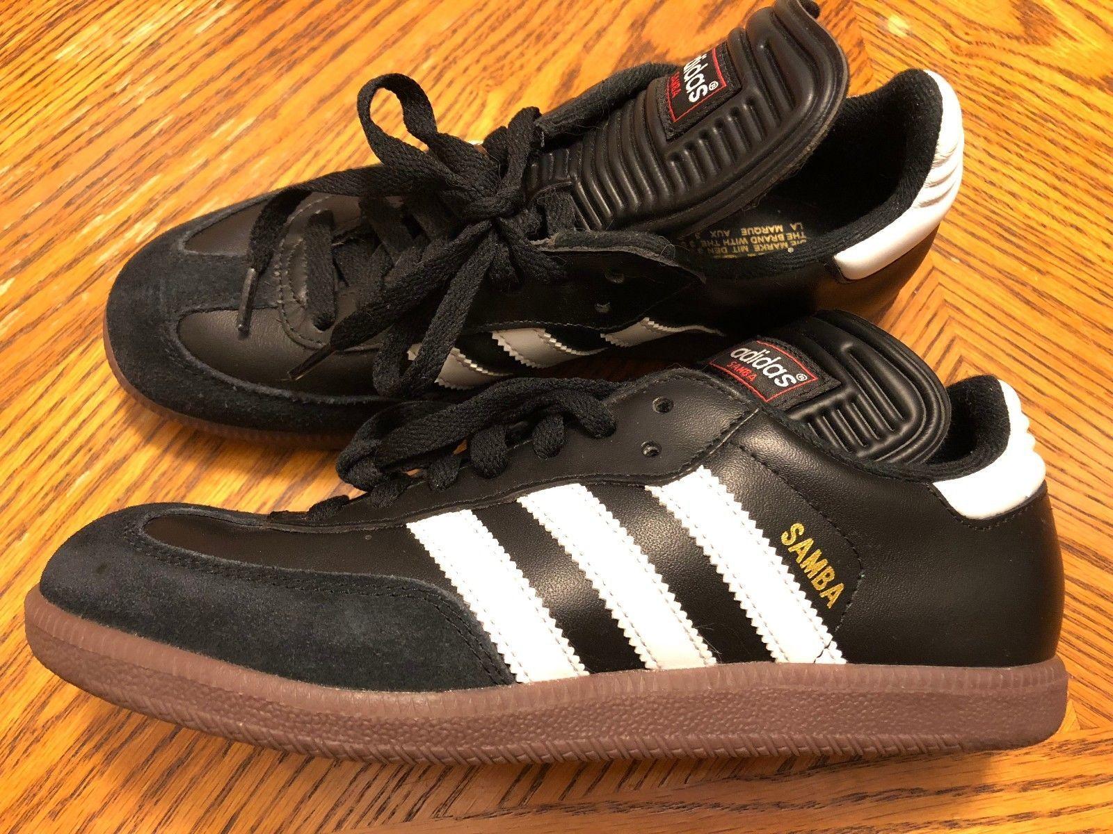 7dbd142e959 ... spain adidas samba shoes mens size 6.5 black w white stripes 6af26  e846e ...