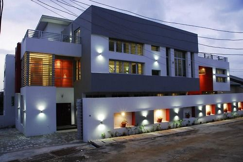 An Example Of Modern Architecture In Nigeria Location Undisclosed Mansions Homes Expensive Houses Luxury Homes